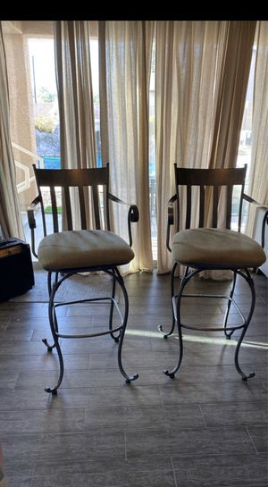 5 high top bar stools for Sale in Glendale, AZ