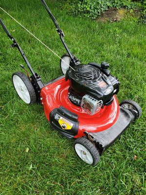 """Yard Machines 21"""" Lawn Mower for Sale in Temple Hills, MD"""