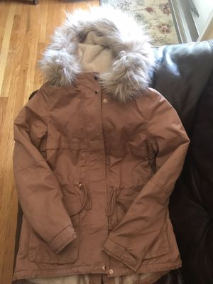 New Women's H&M Pile Lined Perka (size 2) for Sale in Philadelphia, PA