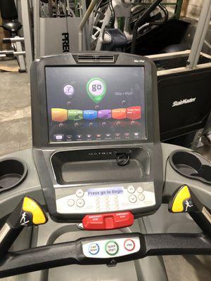 Matrix treadmill for Sale in Johnston, RI