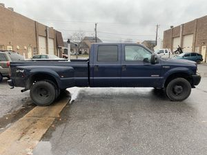 2004 FORD F-350 TURBO DIESEL 4x4 STICK SHIFT for Sale in Washington, DC