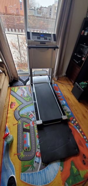 treadmill works very god ! for Sale in New York, NY