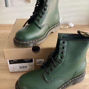 BRAND NEW DOC MARTENS for Sale in Upland, CA