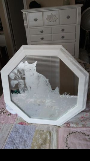 White Etched glass wall mirror. 20 inches across/diameter. Make an offer for Sale in Mesquite, TX