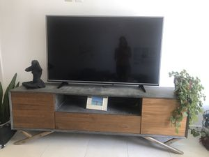 Tv stand modern wood for Sale in Miami, FL