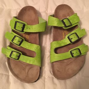 Birkenstock's Papillo Rare Green 3 Buckle Sandals for Sale in Hurst, TX