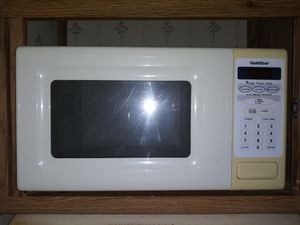 Gold Star Microwave for Sale in St. Petersburg, FL