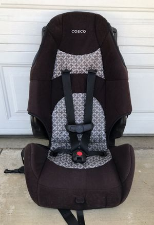 Like new 2 in 1 car seat/ booster seat for Sale in San Bernardino, CA