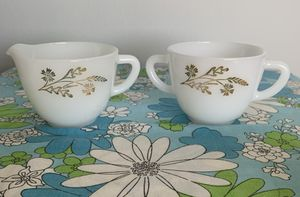 Vintage Federal glass, meadow gold pattern , milk glass sugar and creamer set. for Sale in Tacoma, WA
