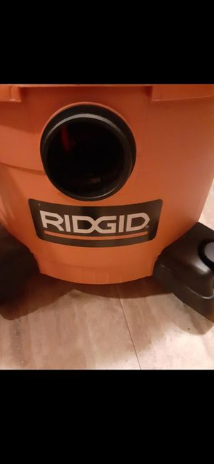 Ridgid shop vac, wet and dry, 6 gallon for Sale in Chicago, IL