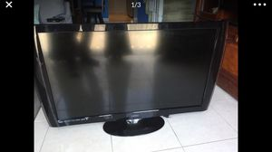 Vizio TV 47in M470NV. For parts - does not turn on for Sale in Long Beach, CA