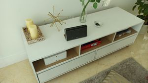 Tv stand console for Sale in Miami, FL
