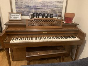 Piano! Pickup Only!!! for Sale in Los Angeles, CA