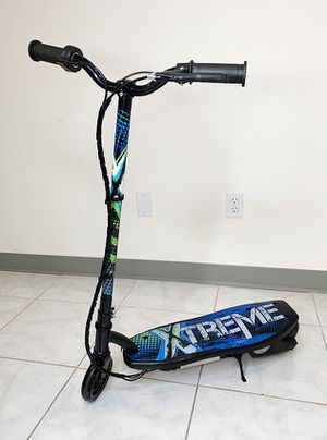 """(NEW) $70 Kids Teens Electric Scooter Hand Brake Kick Stand Rechargeable Battery (29x8x35"""") for Sale in El Monte, CA"""
