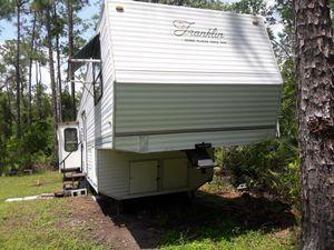 Camper for Sale in Lake Wales, FL