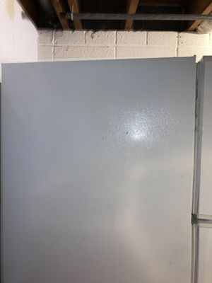 FREE refrigerator curb alert FREE for Sale in Goldsboro, PA