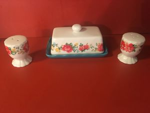 Pioneer woman butter dish with salt & pepper shakers for Sale in South Bay, FL