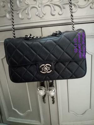Chanel bag Authentic purse for Sale in Des Plaines, IL