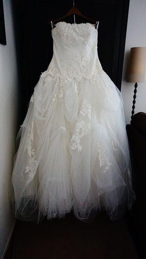 Wedding Dress-Ivory Size 14 for Sale in La Puente, CA