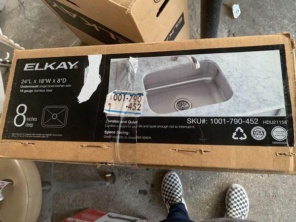 """Elkay 24""""L x 18""""w x 8""""D Under mount single bowl kitchen sink 18-gauge stainless steel"""