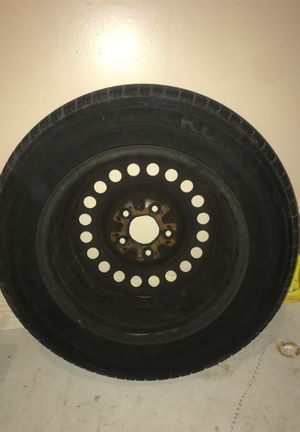 Used tire with rim for Sale in Lehigh Acres, FL