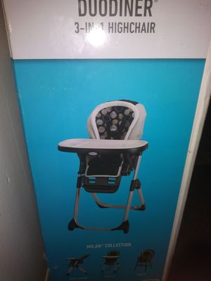 Graco duo diner high chair for Sale in Detroit, MI