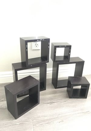 Small square shelves for wall decoration for Sale in San Jacinto, CA