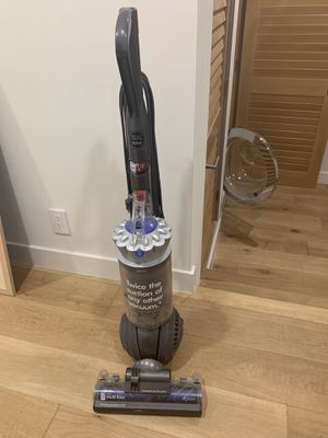 Dyson DC65 Upright Vacuum Cleaners for Sale in Los Angeles, CA