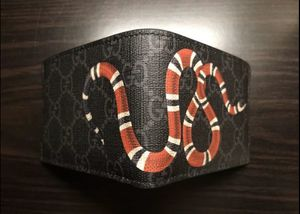 GUCCI Men's wallet for Sale in Ashburn, VA