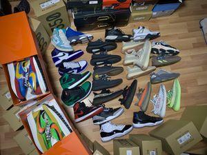 Yeezys Jordans Nikes for Sale in Kissimmee, FL
