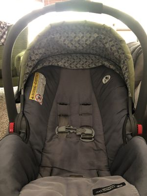 Graco snug ride infant car seat for Sale in Fort Worth, TX