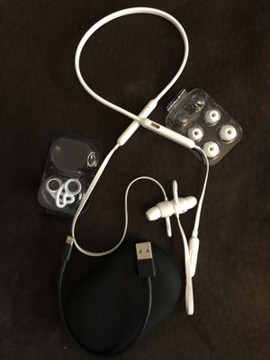 Beats X -Earphones white - used like new for Sale in Evans, CO