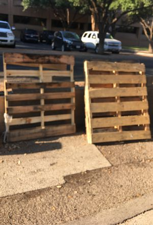 Free. 6 pallets for Sale in Midland, TX