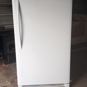Freezer for Sale in Shenandoah Junction, WV