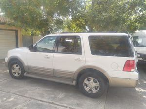 2003 Ford expedition Eddie Bauer for Sale in Stockton, CA