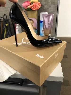 Authentic So Kate Christian Louboutin for Sale in Irving, TX