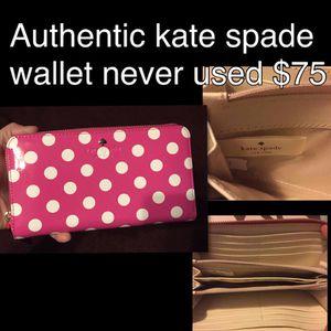 Kate spade wallet for Sale in Chandler, AZ