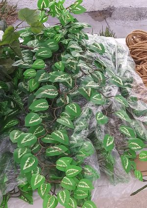 Artificial leaves for Sale in Fontana, CA