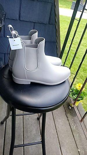 Women's size 8 Chelsea Rain Boots for Sale in Norton, MA