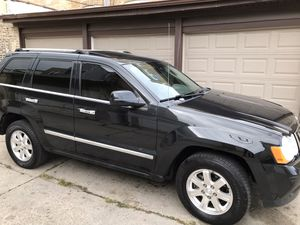 2010 Jeep Grand Cherokee limite V6 for Sale in Chicago, IL