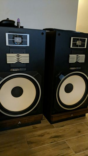"2 15"" Mitsubishi Speakers with Amplifier and Equalizer for Sale in NO POTOMAC, MD"