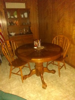 Oak Kitchen Table, 4chr, 1ext. for Sale in Columbia, TN