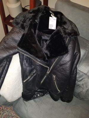 Heavy oversized jacket, great for cold weather! Never used with price tag still on! Size 10 for Sale in Cumberland, RI