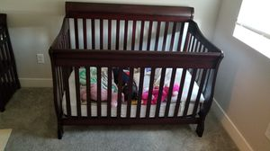 Delta children 4 in 1 crib/changing table for Sale in Pleasant Grove, UT