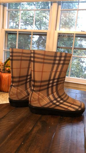 Authentic Burberry rain boots for Sale in Springfield, VA