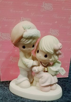 Precious moments figurine for Sale in Golden Valley, AZ