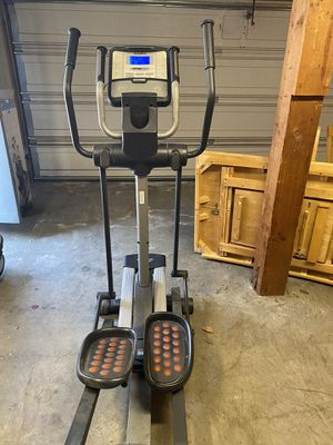 NordicTrack Elliptical for Sale in CORONA DL MAR, CA
