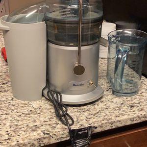 Breville Juice Fountain Plus for Sale in Manassas, VA