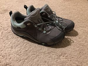 Oboz hiking shoes for Sale in Bothell, WA