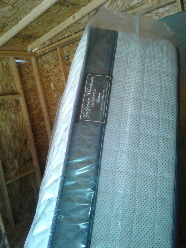King size matress 295 matress 4 less